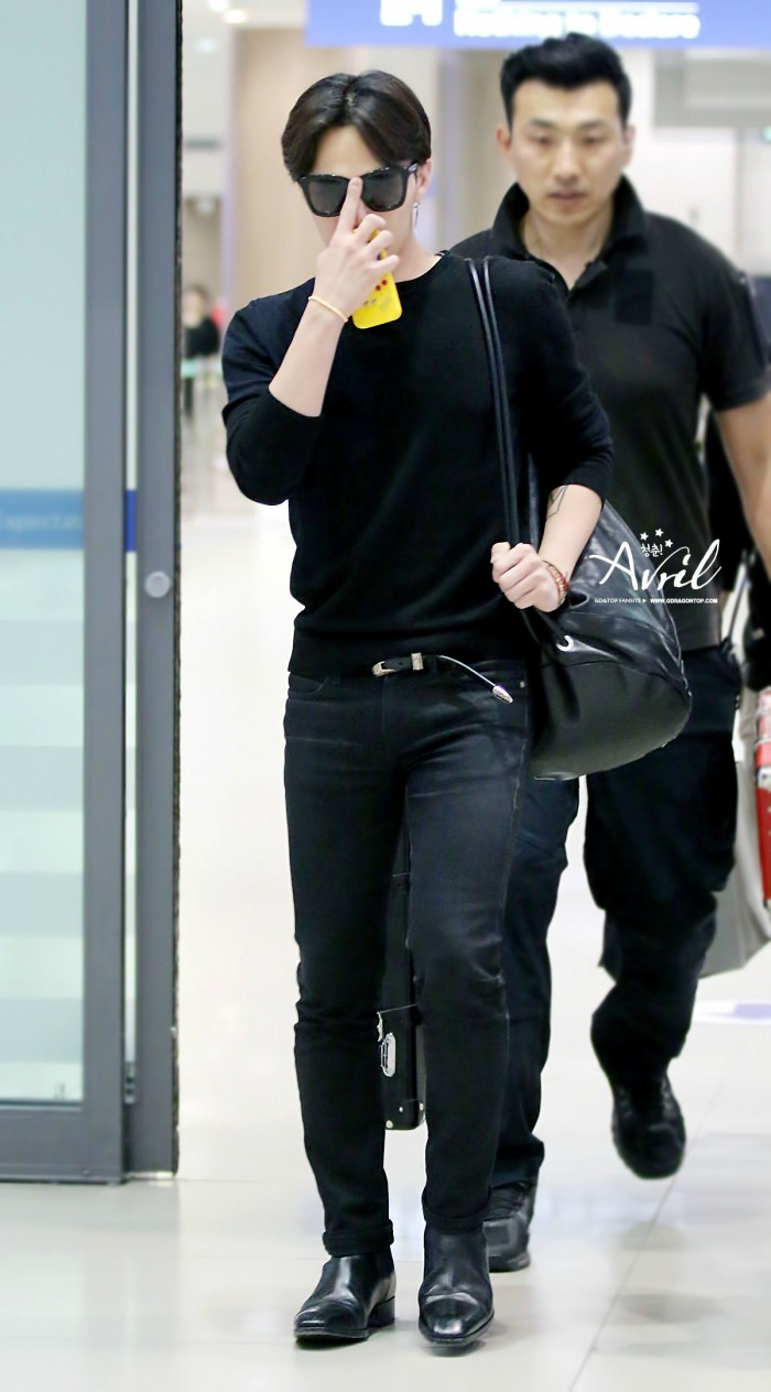 [PHOTOS] GDragon at Incheon Airport from China [15/06/2014 ...  [PHOTOS] GDrago...